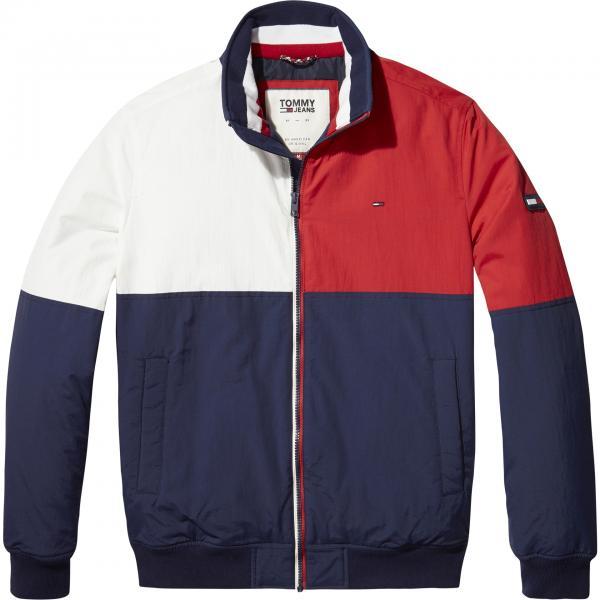 Students can now save more on Retro wardrobe essentials at Tommy Hilfiger